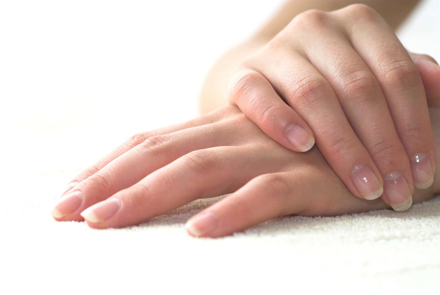 женские пальцы фото при проникновении