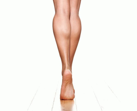 Lipofilling of the lower legs or cruroplasty?