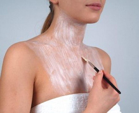 How is it possible to rejuvenate the neck and decollete area: cosmetics or surgery?