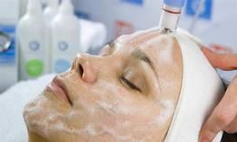 Правильний догляд за шкірою після дермабразії