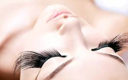 Scars and seals after blepharoplasty