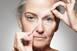 TOP 5 signs of aging and how to deal with them